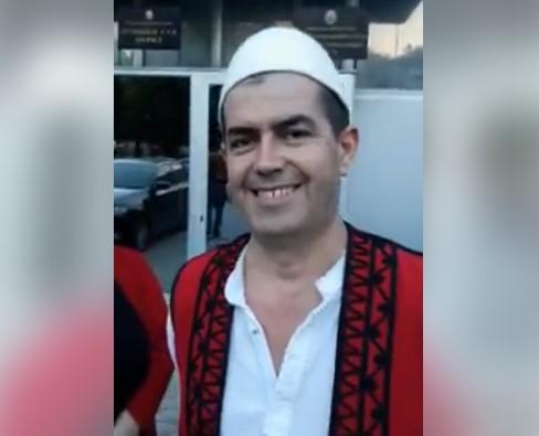 Албанецот што го постави знамето во Охрид:  Господ ни ги дал нас овие територии и ќе бидат наши (ВИДЕО)