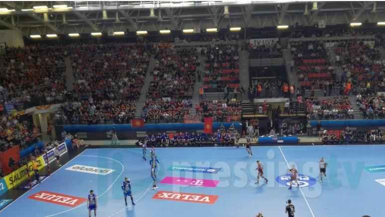 Се што е убаво има крај: Вардарци со победа се простија од навивачите (ФОТО)
