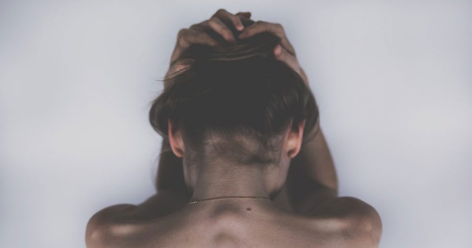 Во Велес силувана 21-годишна девојка