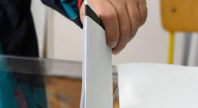 Денеска на полноќ завршува објавувањето анкети, изборниот молк почнува на 20 април
