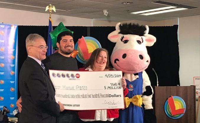 Момче од Висконсин на лотарија освоило 768 милиони долари (ВИДЕО)