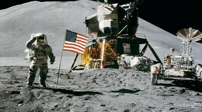 Викиликс објави нова снимка која докажува дека Американците не се качиле на месечината (ВИДЕО)