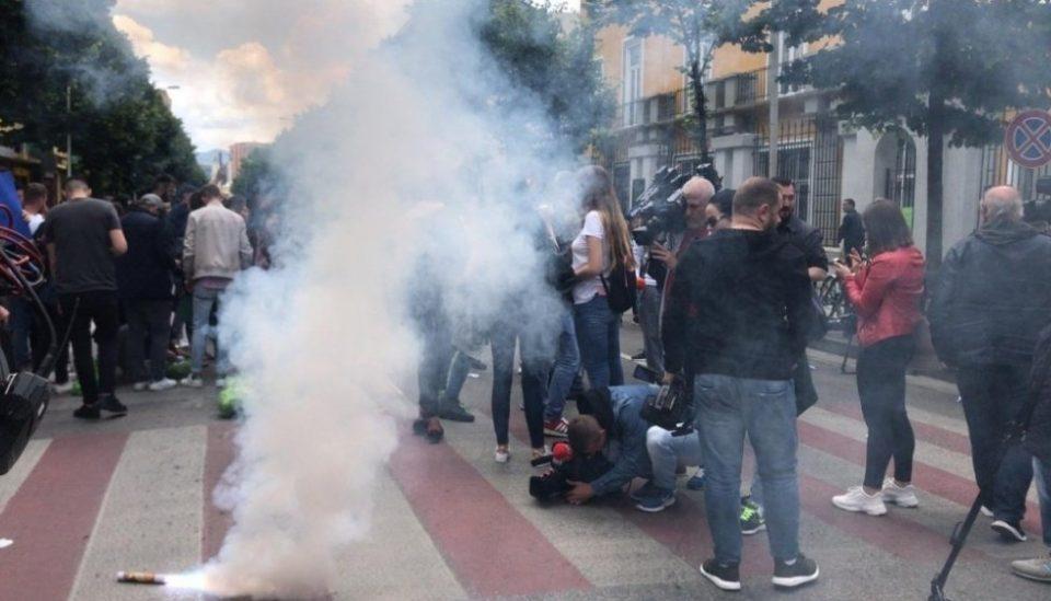 Албанската опозиција го најавува најголемиот протест низ цела земја – ќе се протестира пет дена непрекинато