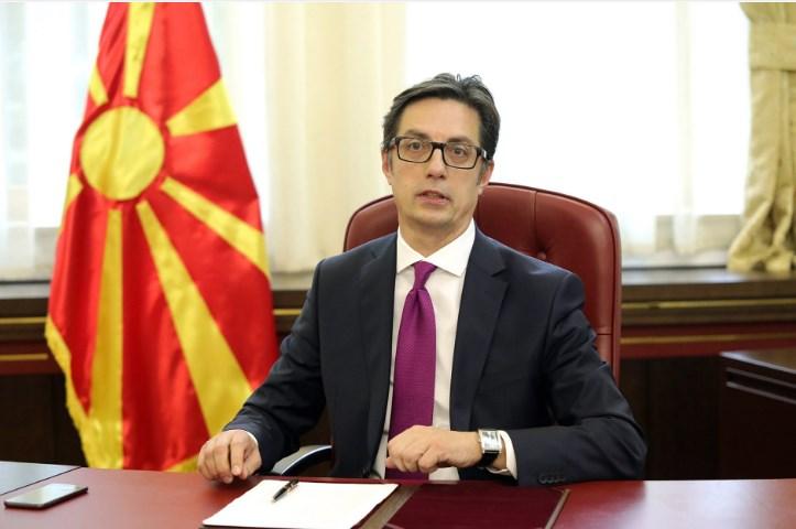 Пендаровски бара да се прочешлаат сите дипломатско-конзуларни преставништва во странство