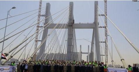 Во Каиро отворен најширокиот мост во светот