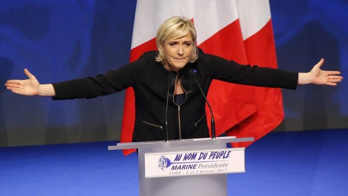 Франција во шок – Марин ле Пен го победи Макрон