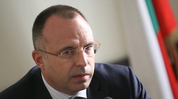 Бугарскиот министер за земјоделство поднесе оставка поради скандал