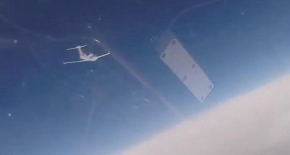 """Руски """"сухој"""" пресретна американски и шведски шпионски авион над Балтикот (ВИДЕО)"""