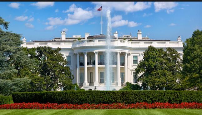 Како изгледа Белата Куќа одвнатре (ВИДЕО)