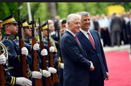 Клинтон: Косово живее во мир со своите соседи и заслужува да биде во ЕУ и НАТО