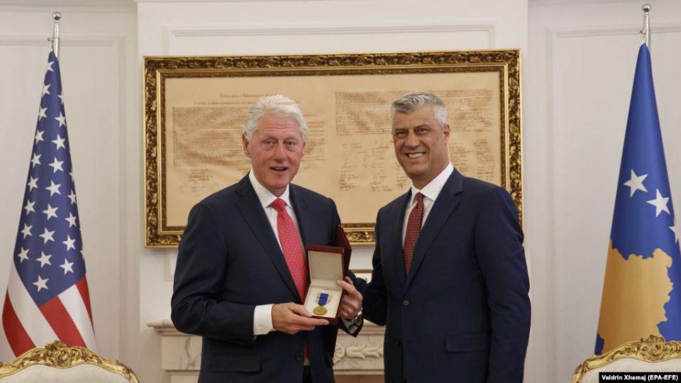 Клинтон: Косово заслужува да биде во ЕУ и НАТО