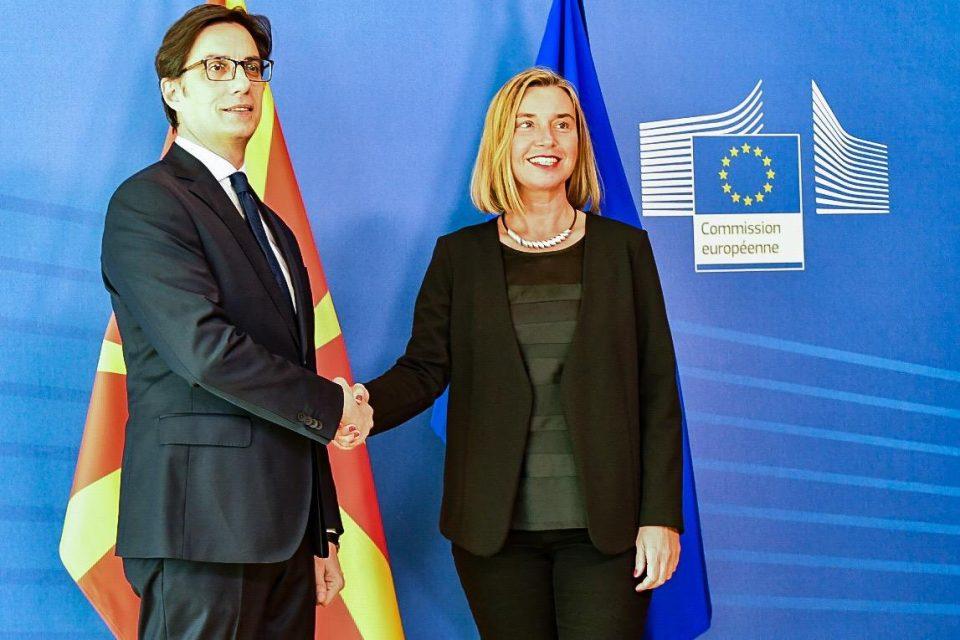 Могерини: Северна Македонија треба заедно со Албанија да добие датум за почеток на преговорите