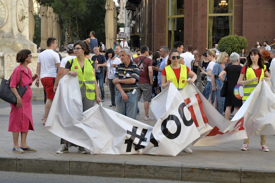 Одржан уште еден протест на опозицијата во Белград(ВИДЕО)
