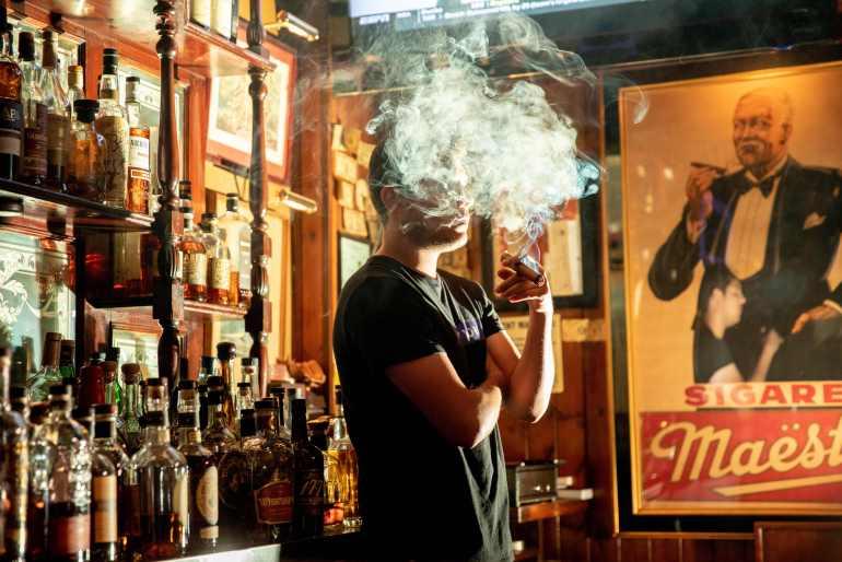 Пушачите се поподоложни да заболат од корона