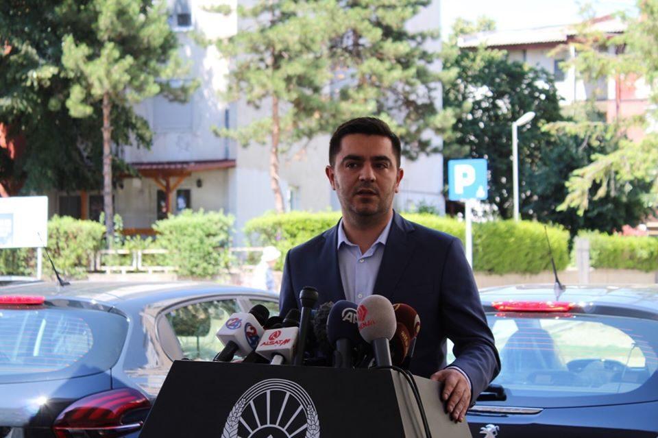 Бектеши контра тврдењата на претседателот Пендаровски за промоторите: Не сум дебакл (ВИДЕО)
