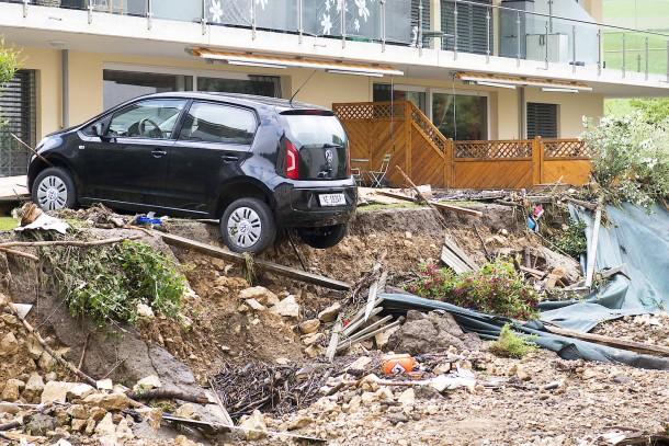 Силни бури во Швајцарија и во Италија
