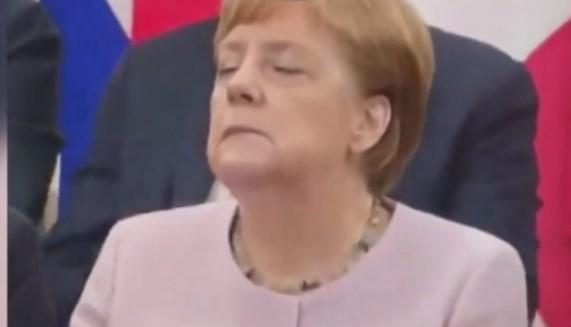 Германската војска го чува здравствениот картон на Меркел