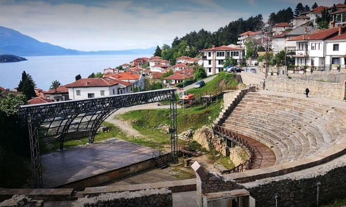 Во пресрет на Охридско лето: Се реконструира сцената на Античкиот театар во Охрид