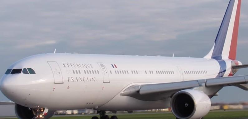 Ѕвер во воздух: Со овој авион лета Макрон (ВИДЕО)