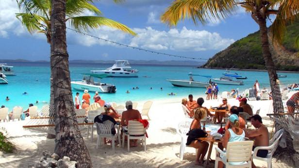 Кои се Британските Девствени острови: Даночен рај што тежи 1,5 илјади милијарди американски долари