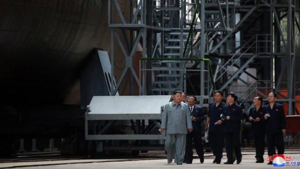Северна Кореја бара начин да изгради подморница која може да носи нуклерани глави