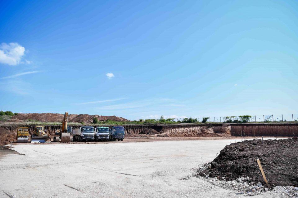 Директорот на ТИРЗ на ставањето темели на нова фабрика: Овде ќе работат мои пријатели и блиски(ВИДЕО)