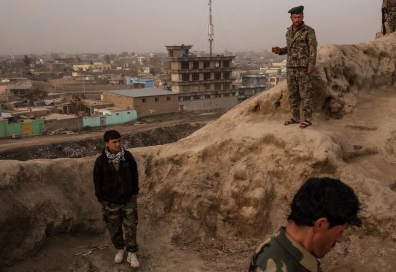 Авганистанската армија уништи центар за обука на бомбаши самоубици