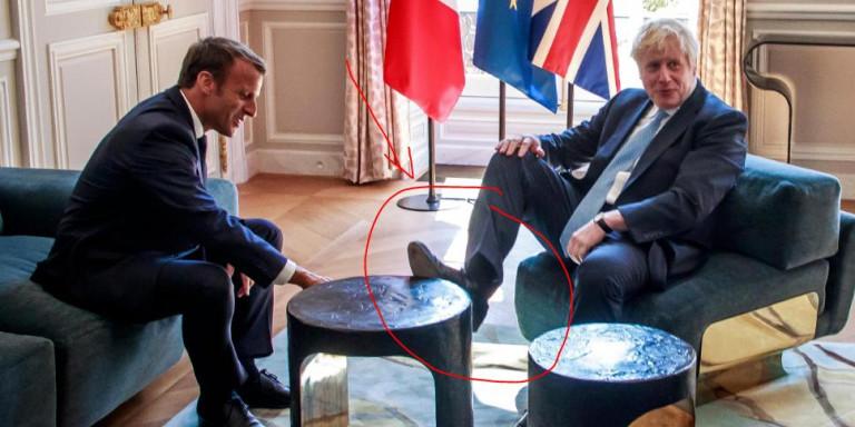 Решена мистерија со ногата на маса на Борис Џонсон