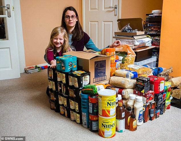 Британците складираат резерви во храна и лекови, стравуваат од тврд Брегзит