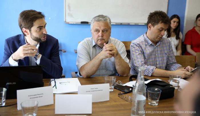 Гацов: Политичките случувања влијаат негативно на економијата
