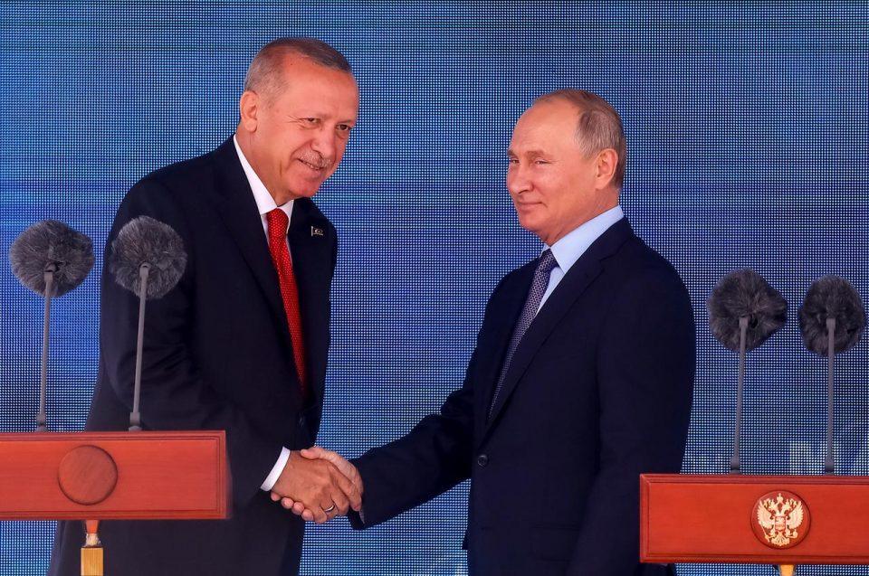 Состанок во Москва: Путин и Ердоган бараат заеднички став за Сирија