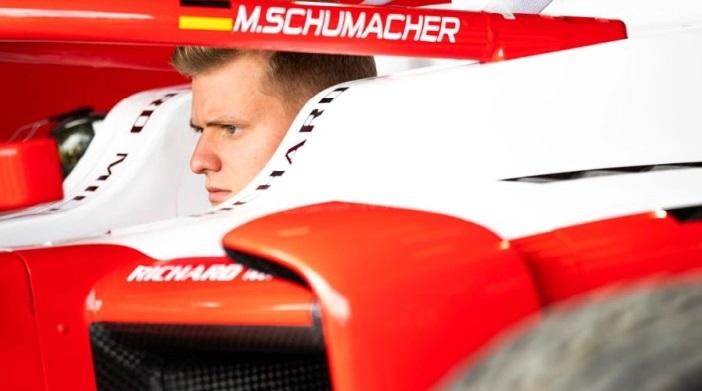 Мерцедес ја одбиле шансата да го регрутираат Мик Шумахер