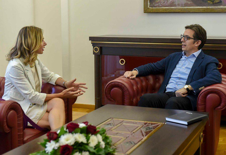 """Пендаровски се сретна со извршната директорка на """"Македонија-2025"""""""