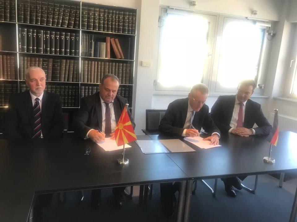 Нотарската комора потпиша договор за меѓународна соработка со германските нотари