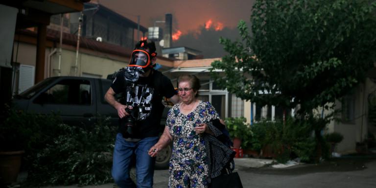 Голем пожар беснее на Евиа