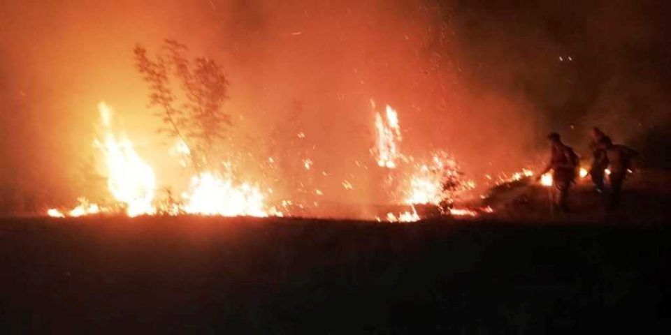 Петмина осомничени за предизвикување на пожарот во околината на Велес