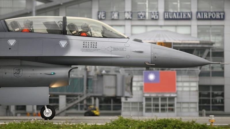 САД му продаваат модерни авиони на Тајван, зделката е тешка 7 милијарди евра