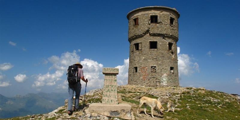 Традиционално летно искачување до Титов Врв