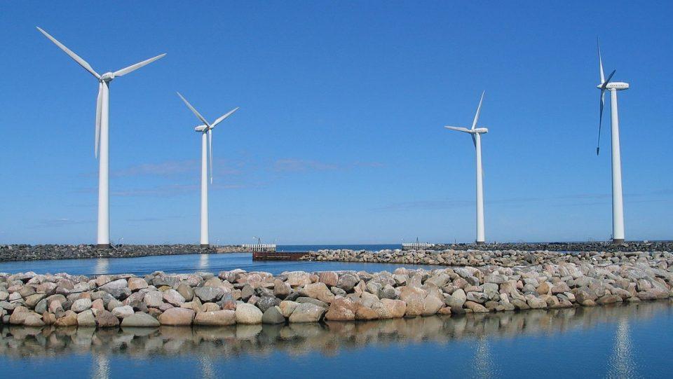 Се гради најголемата ветроелектрана на море, струја за 4,5 милиони домаќинства