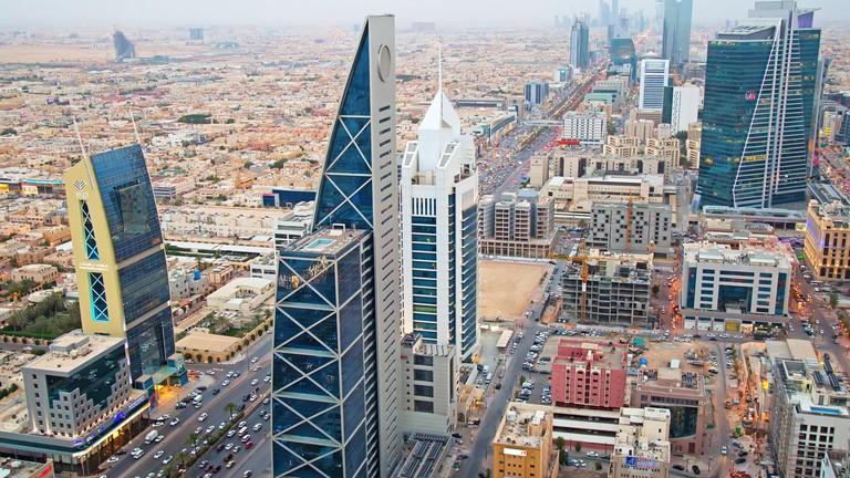 Саудиска Арабија се отвора за туристите, но воведува правила за јавен морал