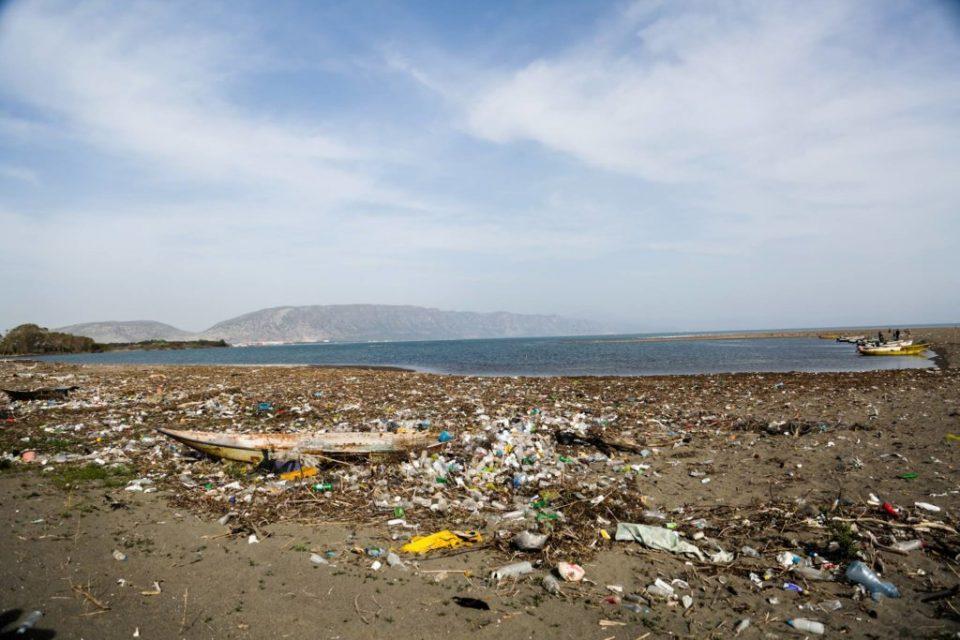 Најзагадени плажите во Валона и во Драч