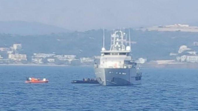 Кај Закинтос запленет брод во обид за шверцување мигранти