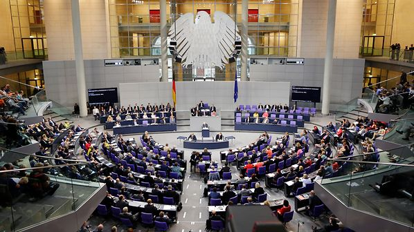 Бундестагот даде зелено светло за Македонија и Албанија за почнување преговори во октомври