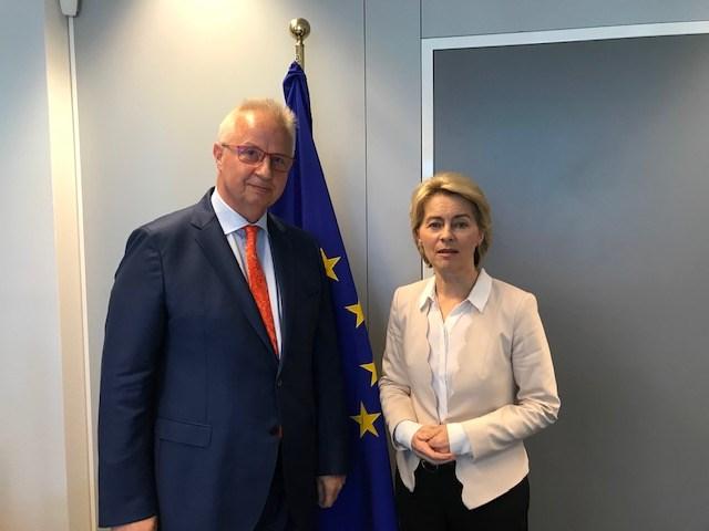 Фон дер Лајен го избра Ласло Трошчањи – искусен дипломат ќе ја приближува ЕУ кон Балканот