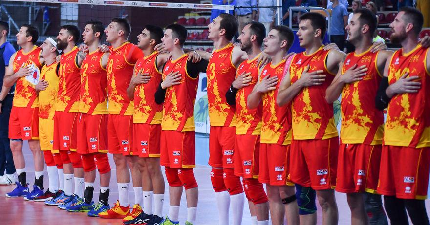 Пораз за одбојкарите во дебитантскиот натпревар