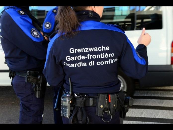Полицијата на Швајцарија тајно шпионирала во Австрија