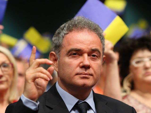Најголемата опозициска партија реши – бојкот на изборите во Србија