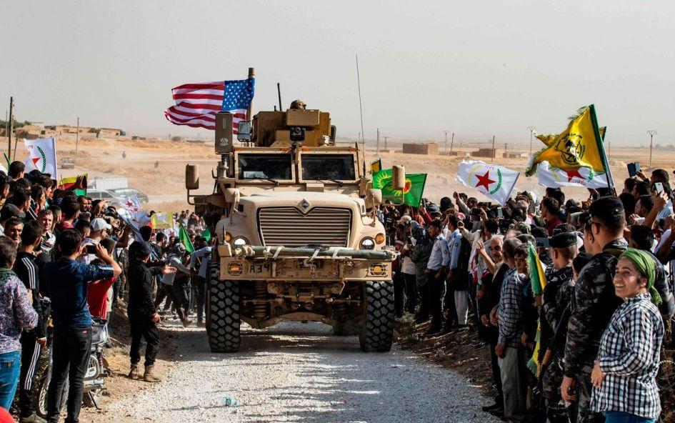 Американците ја напуштаат североисточна Сирија – Курдите оставени на цедило