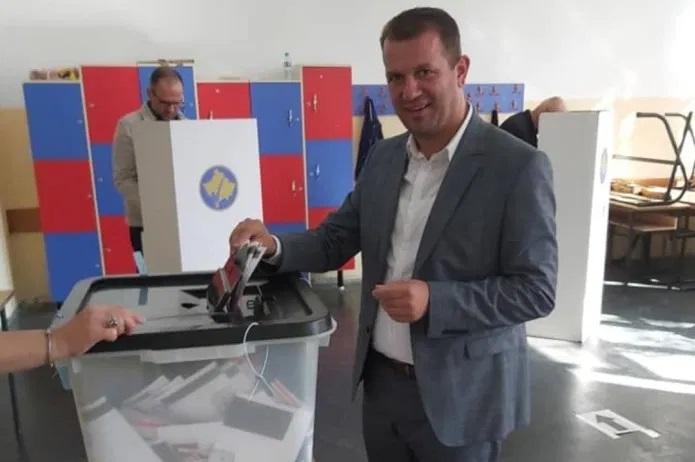 Во Македонија владин заменик-директор – на Косово гласач