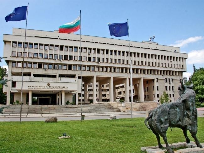 """Бугарија со протестна нота до Франција поради """"политички арогантна"""" изјава на Макрон"""